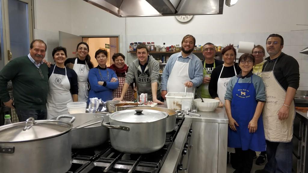 Scuola di cucina cast alimenti