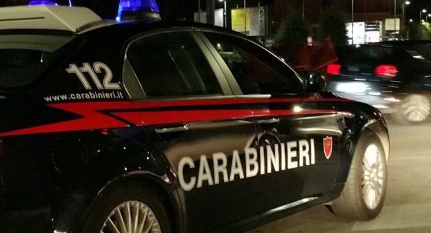"""Maxi blitz dei carabinieri: """"Nella comunità sinti di Caorso il cuore pulsante dell'associazione a delinquere"""""""