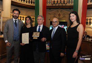 """Giornata di gala per la Gas Sales Volley: ritirato il premio """"Campione del Primo Tricolore"""""""