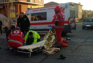Scontro auto-moto a Borgonovo, interviene il 118: un ferito