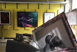 Collettivo P:O:C: 30 opere in esposizione nel salone di bellezza