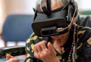 Passeggiate virtuali nel bosco e in spiaggia, gli anziani rivivono i ricordi