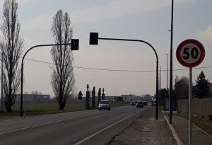 Arriva il semaforo a chiamata sulla via Emilia chiesto dai residenti