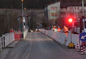 Ponte sul Nure a Farini, lavori nella notte. Già riaperto al transito