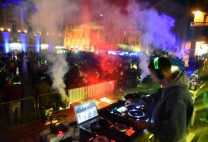 Silent disco, in migliaia in piazza Cavalli: le foto della serata