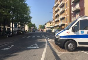 Urtata una tubatura del gas durante i lavori, chiusa via Veneto