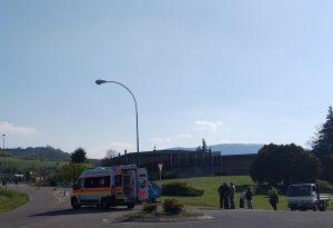 Donna in bicicletta travolta da un'auto a Riva di Pontedellolio. Trasportata a Parma in gravi condizioni