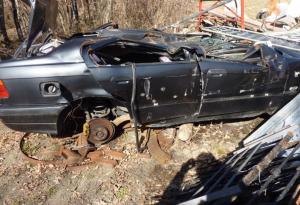 Discariche abusive: carcasse di auto, addobbi natalizi e rifiuti gestiti illecitamente: 6 persone denunciate in Val Trebbia