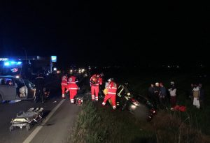 Pauroso incidente tra tre auto a Fiorenzuola: sei feriti, due bambine e la mamma sono molto gravi
