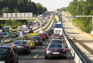 Esodo di Pasqua: si sposteranno 14 milioni di Italiani. Autostrade da bollino rosso