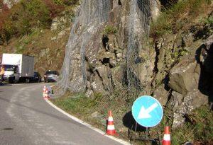 Caduta massi lungo la Statale 45 tra Bobbio e Cassolo. Intervento di Anas, strada aperta