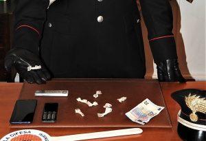 Controlli dei carabinieri, arrestato spacciatore in via Torricella