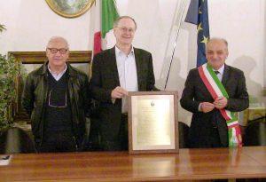 Il primario di oncologia Luigi Cavanna diventa cittadino onorario