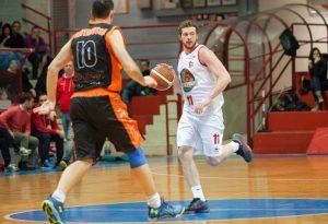 Assigeco Basket a tutta velocità: ecco Gasparini. Ogide resta