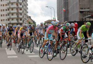 Giro d'Italia mercoledì nel Piacentino, strade chiuse dalle 11.30 INFO UTILI
