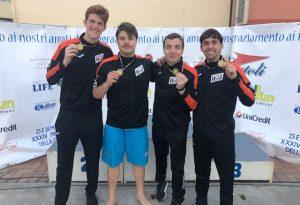 A Modena record italiano per la Calypso nella staffetta 4X50 pinne Juniores