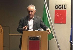 """Il segretario Cgil Zilocchi: """"Capire se va sciolto il consiglio comunale"""""""