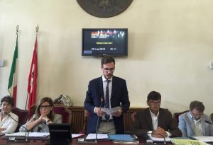 """Insediato il neo-presidente Davide Garilli: """"Nessuna mafia potrà entrare qui"""""""