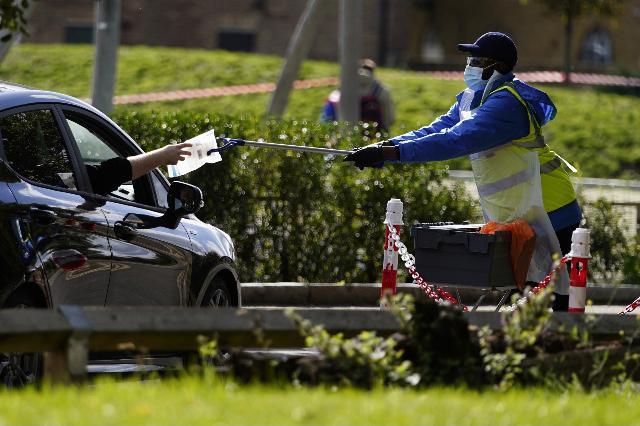 Regno Unito, ancora oltre 14 mila contagi e 70 morti - Ultima Ora
